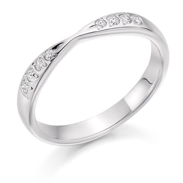 0.15ct Kiss style diamond eternity ring