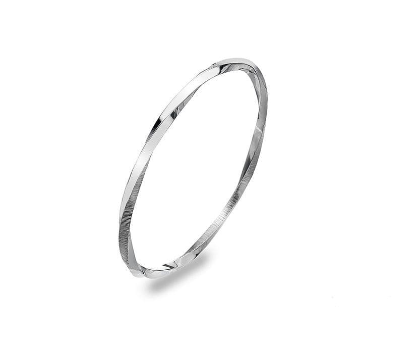 Silver eternal circle bangle