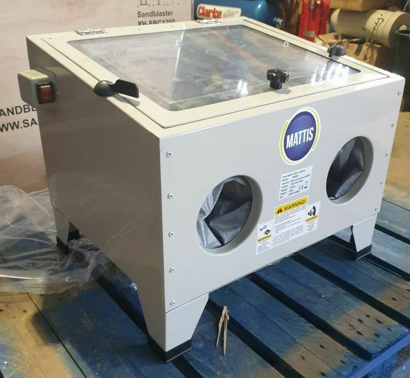 Bench Top Sand Blasting Cabinet.Small 90 Blast Cabinet for blasting smaller parts