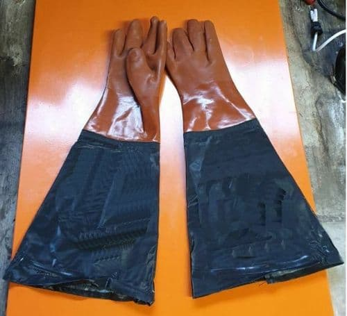 Gauntlets, gloves Replacement Gloves for SBC90 Blast Cabinet.