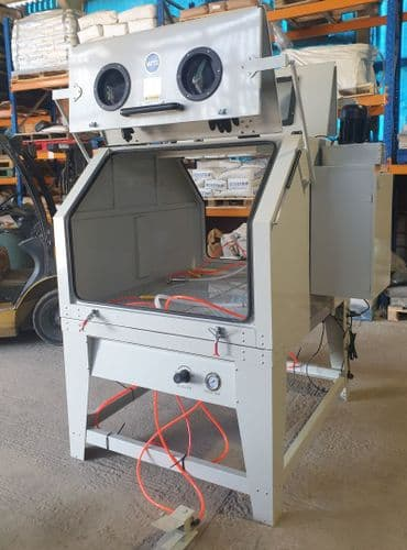 Large Sand Blast Cabinet. SBC1280 with 2 work stations