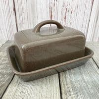 Denby Greystone Butter Dish (Flat Top With Handle)