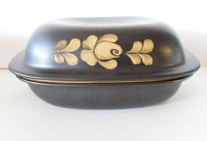 Denby Pottery Bakewell Very Large Lidded Casserole Dishes