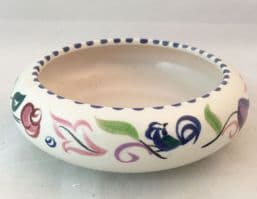 Poole Pottery Hand Painted Traditional Small Bowl in the LE Pattern