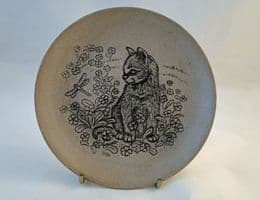 Poole Pottery Stoneware Plate, Kitten With Dragonfly