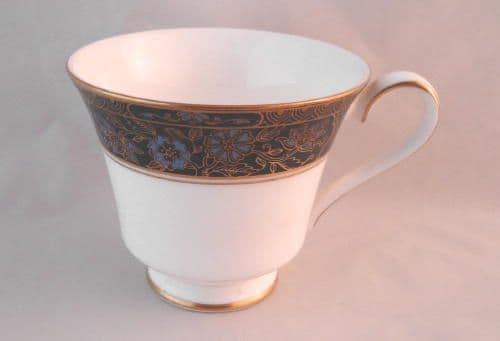 Royal Doulton Carlyle (H5018) Tea Cups, Second Quality