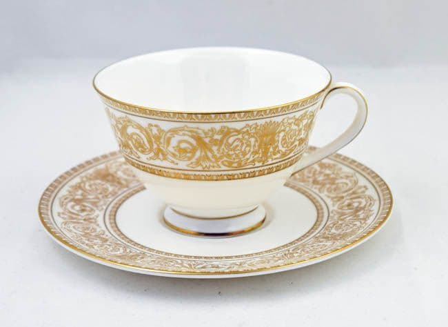 Royal Doulton Sovereign (H4973) Standard Sized Cups and Saucers