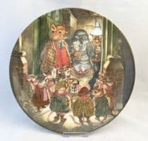 Wedgwood  Wind in the Willows Plate, The Carol Singers