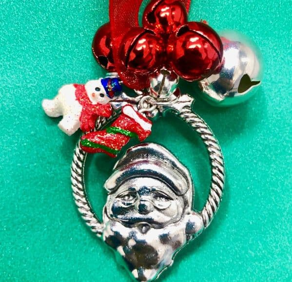 4 X Jingle bells Santa key kits ( 2.49 each)
