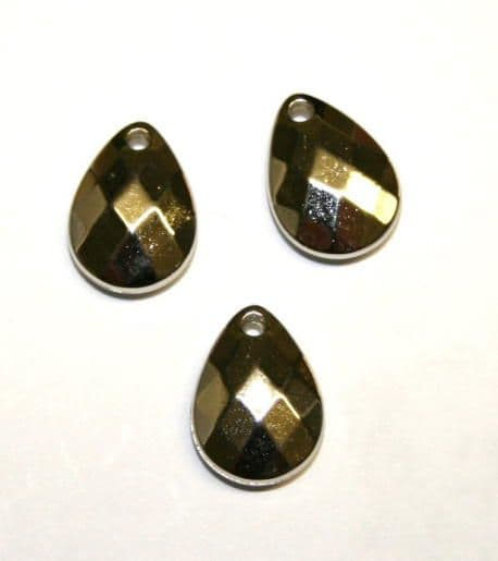 White K Acrylic Faceted Teardrop- 29pces-13mm x 18mm- ACW118