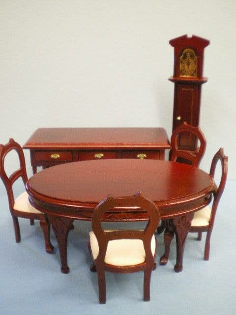 7 Piece Wooden Dolls House Dining Room Set. 12th scale. DHE 5962