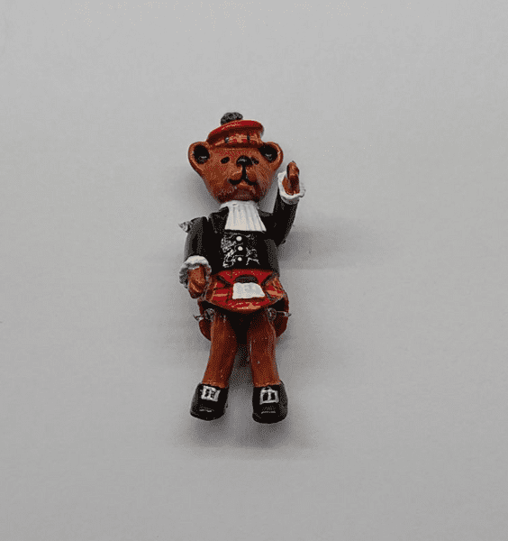 Minnie Maria Scottish Bear. Jointed Pewter Miniature.
