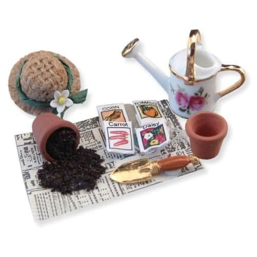 Reutter, Miniature Gardening Set with Watering Can . 1.741/8
