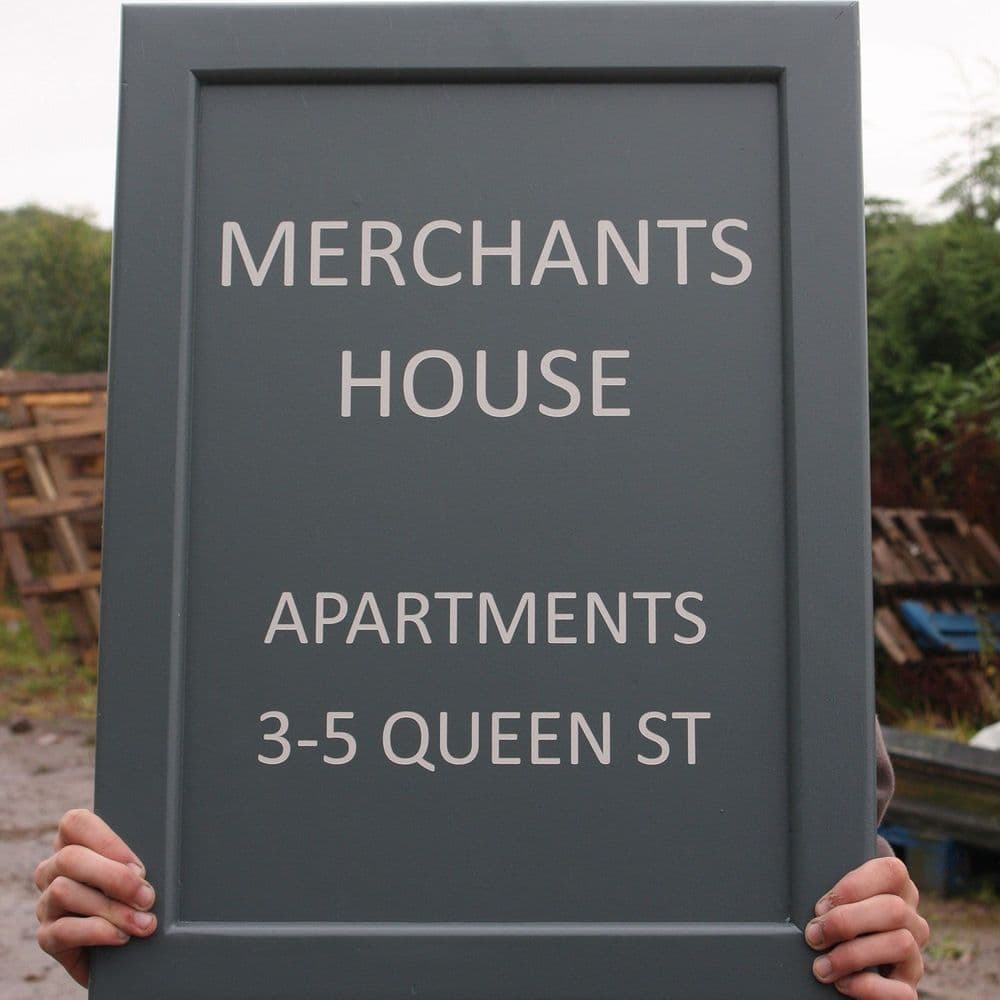 Painted Sign Board (18mm) -Frame Edge