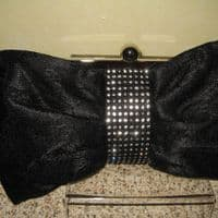 Black Diamonte Handbag (KH116)