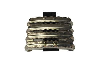 Lincoln Metal Curry Comb