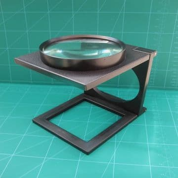 Desk Top Magnifier Large Free Standing 110mm Glass Lens 3x Magnification