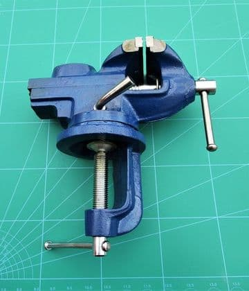 Vice and Anvil Table Top Clamp on 60mm Jaws Rotating Head